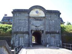 2013.08.04-001 porte de Mons
