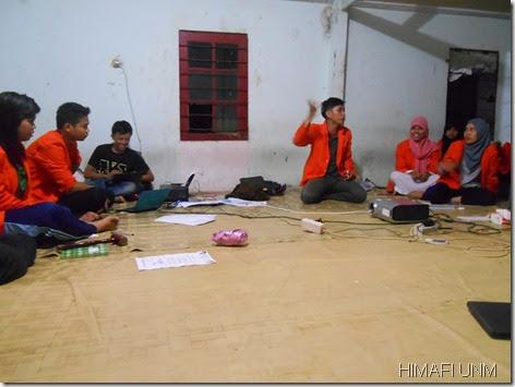 diskusis di up grading himafi fmipa unm