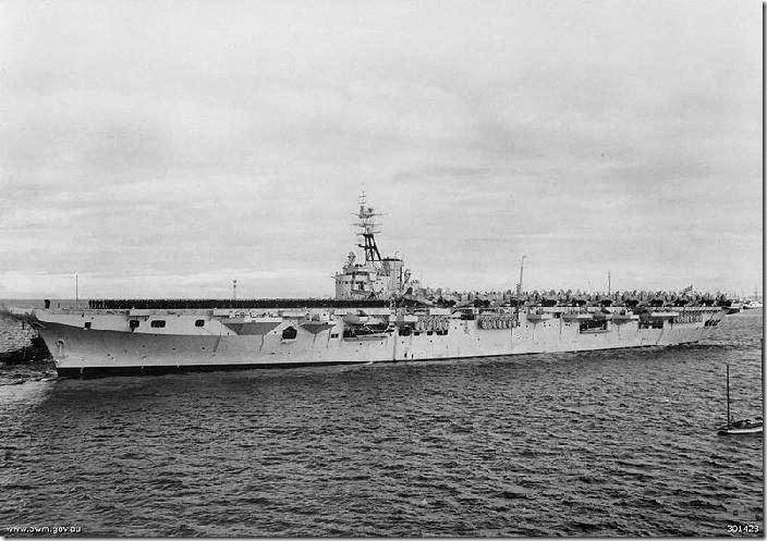 800px-HMAS_Sydney_(R17)_(AWM_301423)