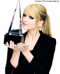 Taylor_Swift_AMA2010_PORTRAIT_HQ_PNG