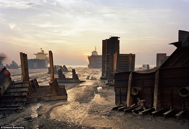 chittagong-ship-breaking-yard-5