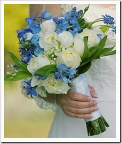 blue-bridal-bouquet-001