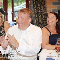 half-moon-windlesham-wedding-photography-LJPhoto-WCM-(30).jpg