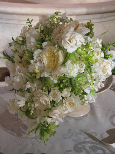 Matthew Robbins's cascading bouquet, just like Princess Diana's, would be stunning.