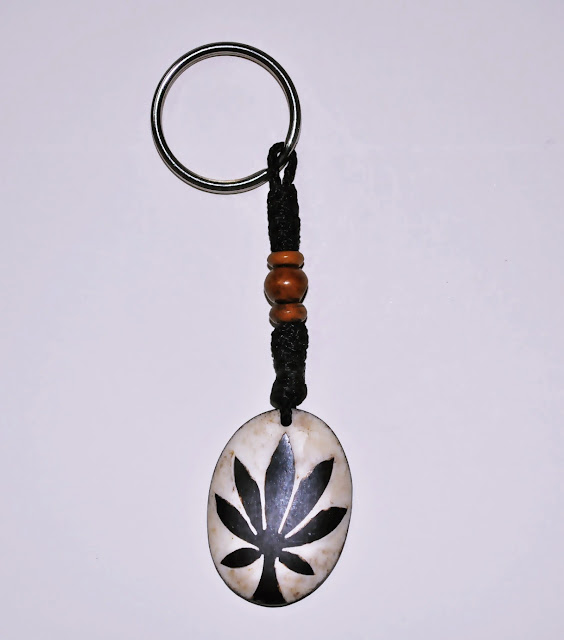 Marijuana design Bone Keyring