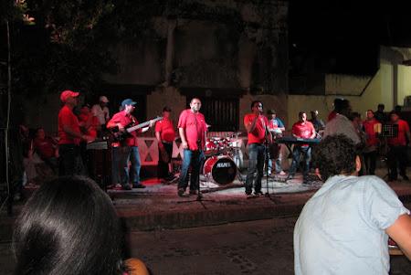 Dans Cuba: Orchestra de salsa - Casa de la Musica