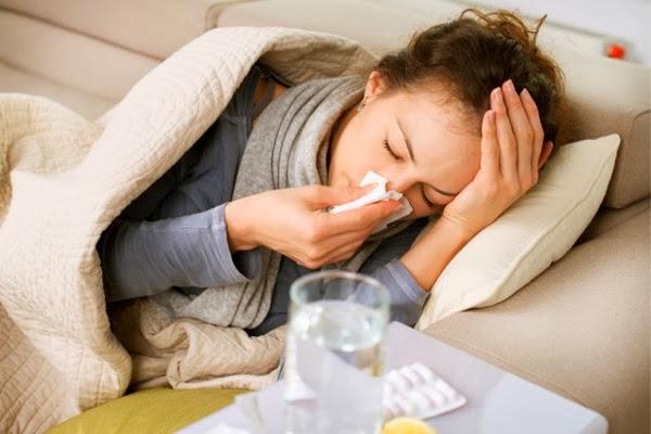 Chica resfriada