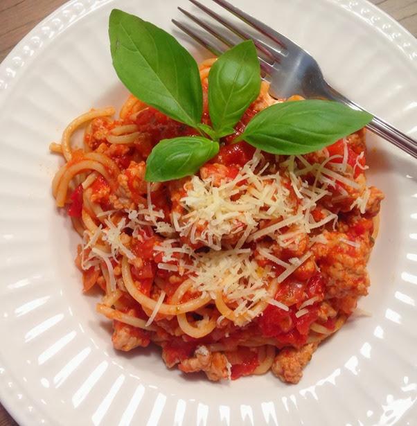 Tomato Basil Pork Spaghetti