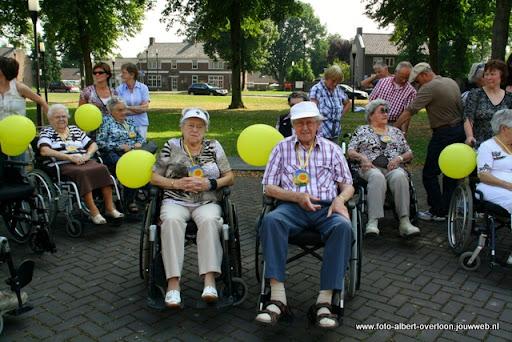 rolstoeldriedaagse dag 1  overloon 05 juli  2011 (4).JPG