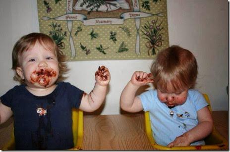 kids-enjoying-food-014