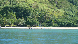Fischtreiben in Yalombi Bay, Waya.