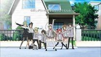 [HorribleSubs] Haiyore! Nyaruko-san - 01 [720p].mkv_snapshot_02.42_[2012.04.09_21.49.31]