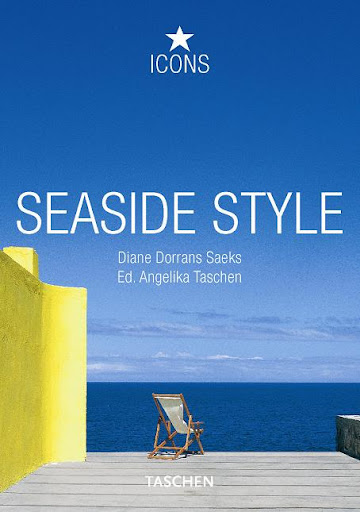 Seaside Style -- chic and effortless.  At least it looks effortless!