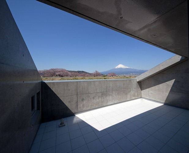 house in fuji by level architects 5