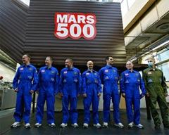 """Эксперимент """"Марс-500"""" - имитация полета человека на Марс"""
