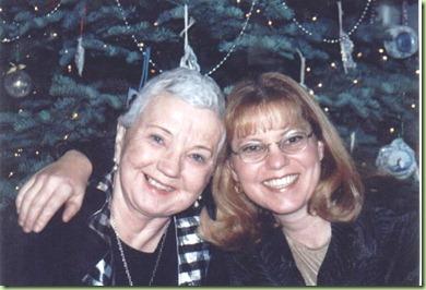 Omi and Carol Xmas 01Abrighter