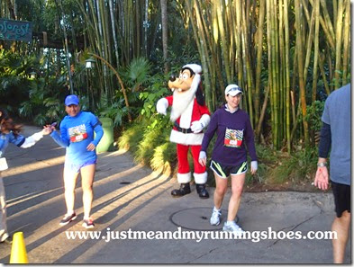 Mickey's Jingle Jungle 5K (26)