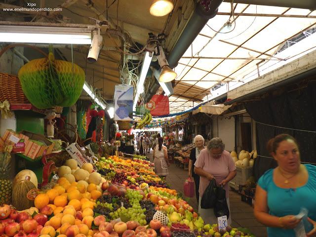 puesto-de-fruta-mercado-del-bolhao.JPG