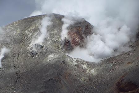 Tongariro Crossing, craterul Te Maari la mai putin de 24h inainte sa erupa din nou