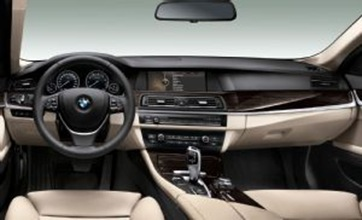 BMW-activehybrid-5-5-series-sedan interior