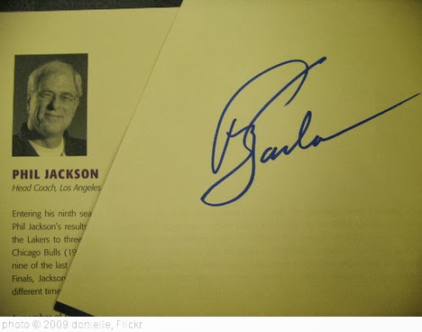 'phil jackson' photo (c) 2009, donielle - license: http://creativecommons.org/licenses/by-sa/2.0/