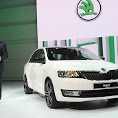 2013-Skoda-Rapid-Sedan-Paris-8.jpg