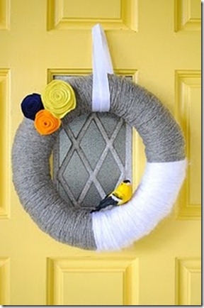 friday feature--yarn fall wreath from j and j home