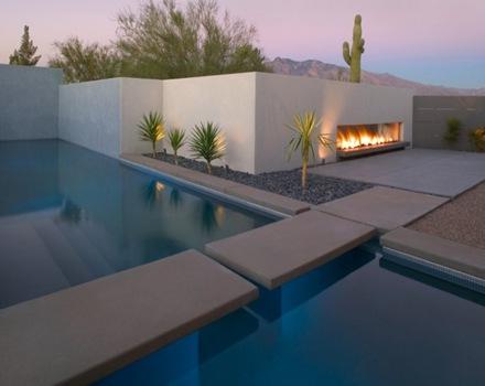 Casa con piscina de estilo minimalista en tucson arizona for Casa minimalista con alberca