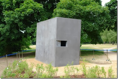 gay holocaust memorial