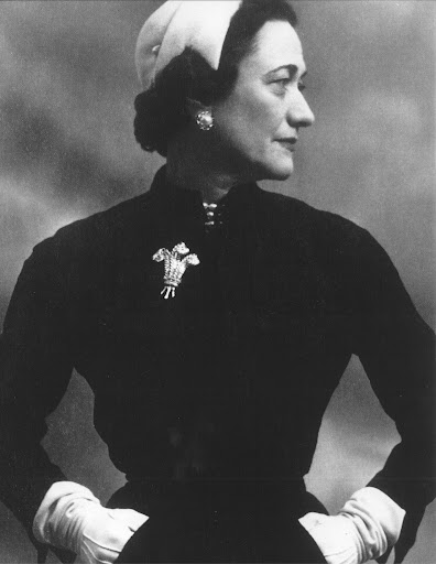 HEre is the Duchess of Windsor wearing the diamond clip that would later become Miss Taylor's.  (photo, Elizabeth Taylor:My Love Affair With Jewelry)
