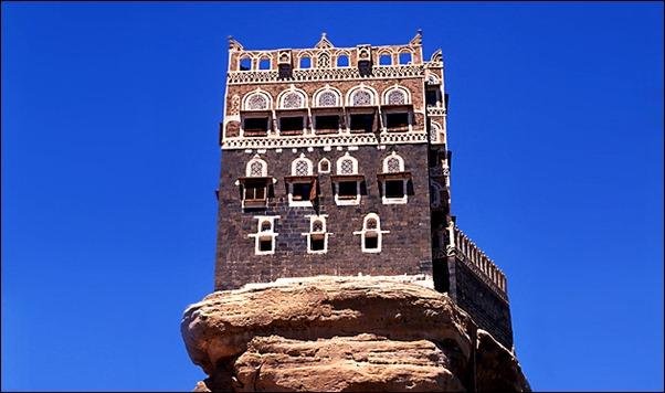 07-Dar-Al-Hajar-a.k.a.-Rock-Palace