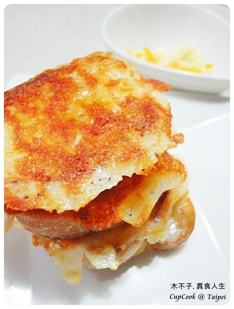 Cheese Rusk 起司烤餅 成品 (2)