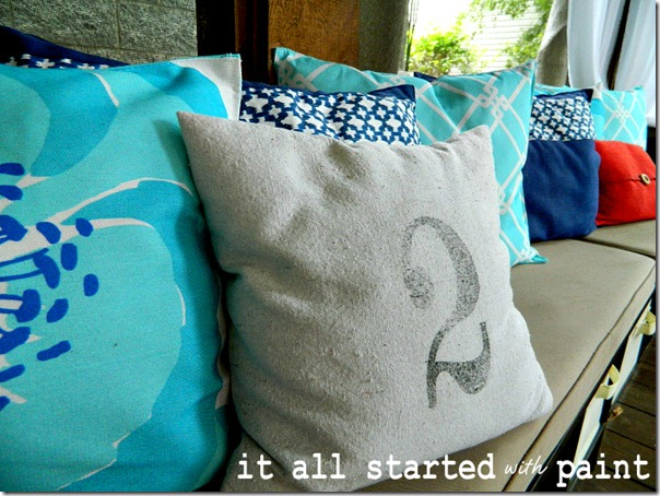 placemat_and_number_pillows