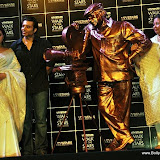 Rani, Pamela Chopra unveil Yash Chopra&#039;s statue