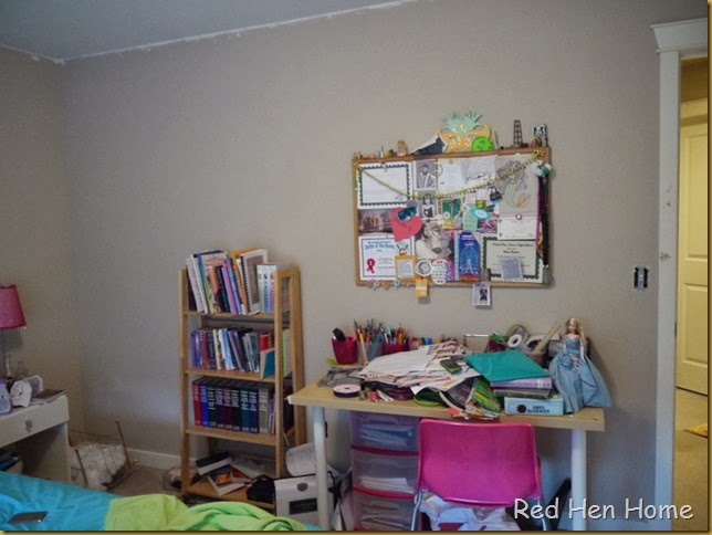 naomi's room 002
