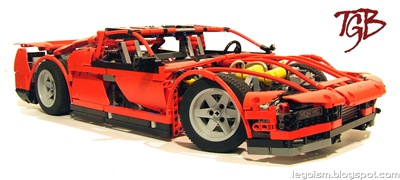 Lego-Technic_TGB-Supercar_Show1