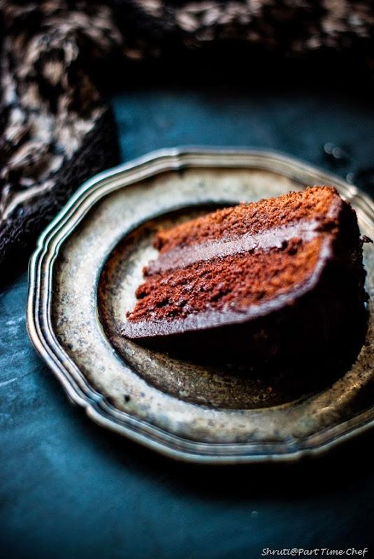 Dark Chocolate cake-3