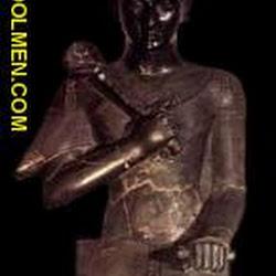 58 - Estatua sedente de Ramses II