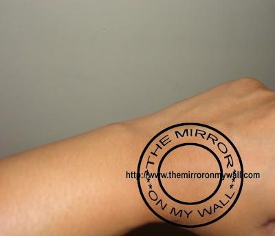 Vaseline Cocoa Glow Swatch