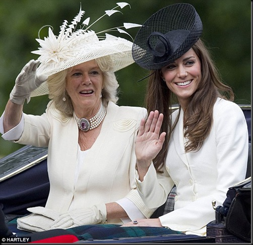 camilla-parker-bowles-kate-middleton-fashionhorrors