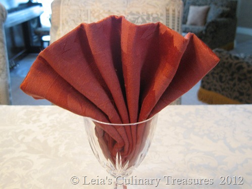 napkin-fan