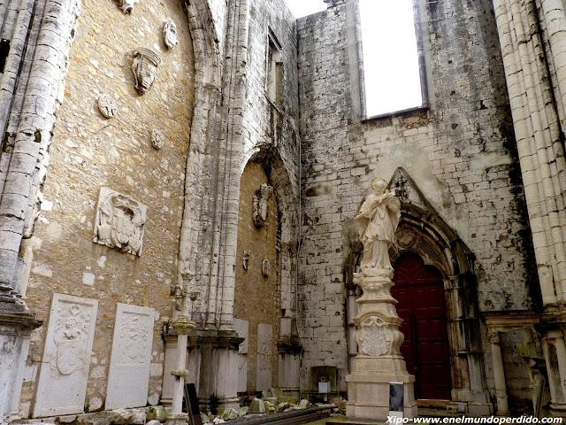 ruinas-monasterio-do-carmo-lisboa.JPG
