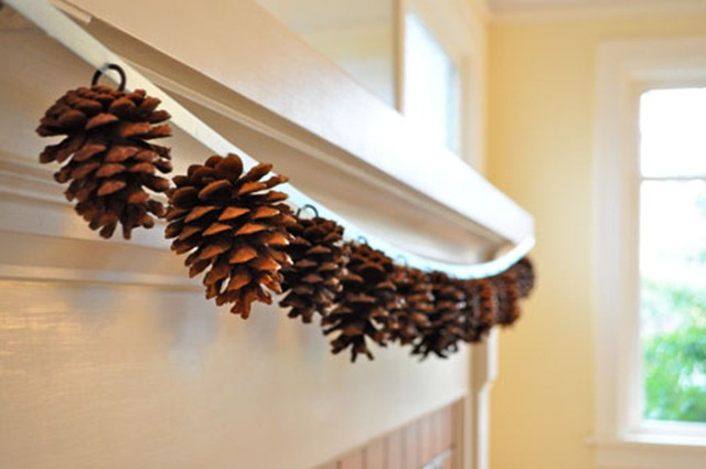 pine cone garland via twig and thistle