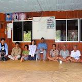 写真2: Rh. Mawangの村長とインタビューに協力してくれた方々と / Photo2: A snapshot with the residents and the headman of Rh. Mawang