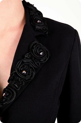 giacca-classica-nera-rose-nere (1)