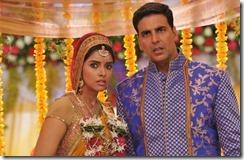 asin and_akshay_kumar_in_khiladi_786_movie_still