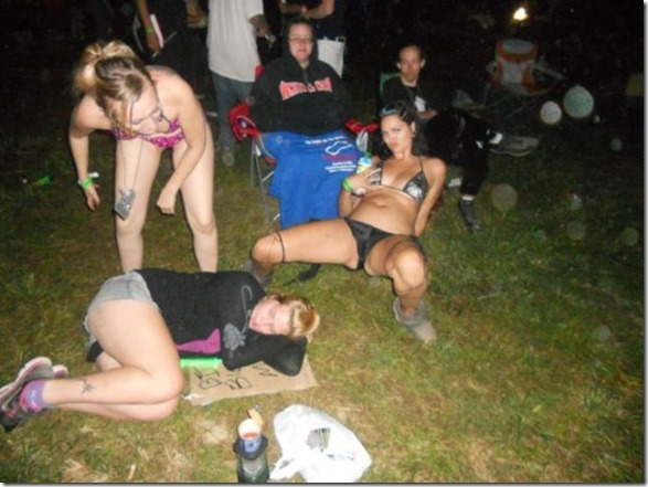 passed-out-juggalos-14