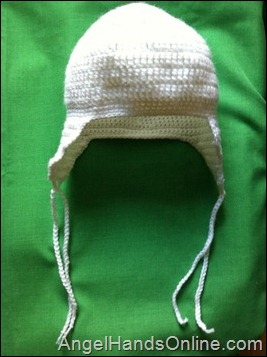White crochet hat for school