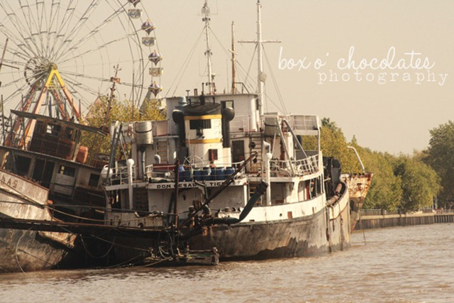 Ship on the Tigre River2