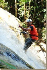 waterfall Abseiling sungai sedim (2)